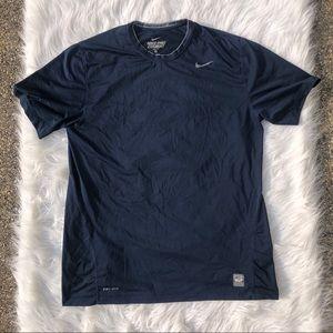 💛 3/25$ Nike Pro Combat Tee Shirt